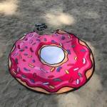 Фото Пляжное покрывало в виде розового пончика размер 148*148