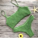 Фото Купальник раздельный бикини мягкая чашка с вкладышем бразилиана  жатый зелёный 135-27