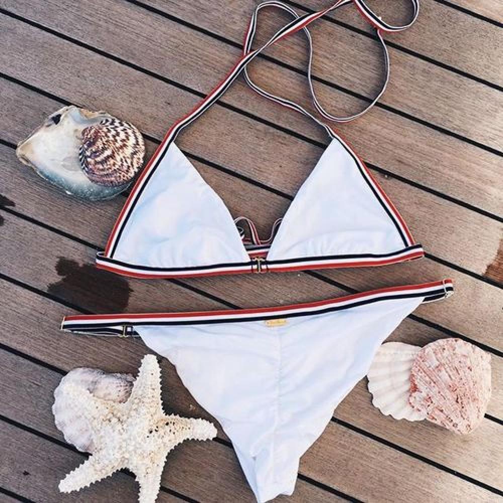 Фото Купальник раздельный бикини мягкая чашка , плавки бразилиана белый  139-06