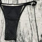 Фото Купальник раздельный бикини мягкая чашка с вкладышем плавки стринги черный сеточка 139-09