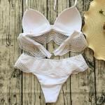 Фото Купальник раздельный бикини мягкая чашка c вкладышем, плавки бразилиана белый 139-04-3