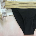 Фото Купальник раздельный бикини мягкая чашка с вкладышем плавки бразилиана чёрный с золотом 139-17