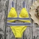 Фото Купальник раздельный бикини мягкая чашка с вкладышем плавки бразилиана жёлтый 139-15