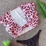Фото Купальник раздельный  топ розовый леопард  мягкая чашка с вкладышем плавки бразилиана 154-18-2